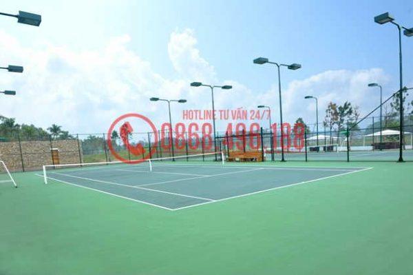 Cột đèn chiếu sáng sân tennis chiều cao từ 4 - 10m, Mạ nhúng kẽm nóng